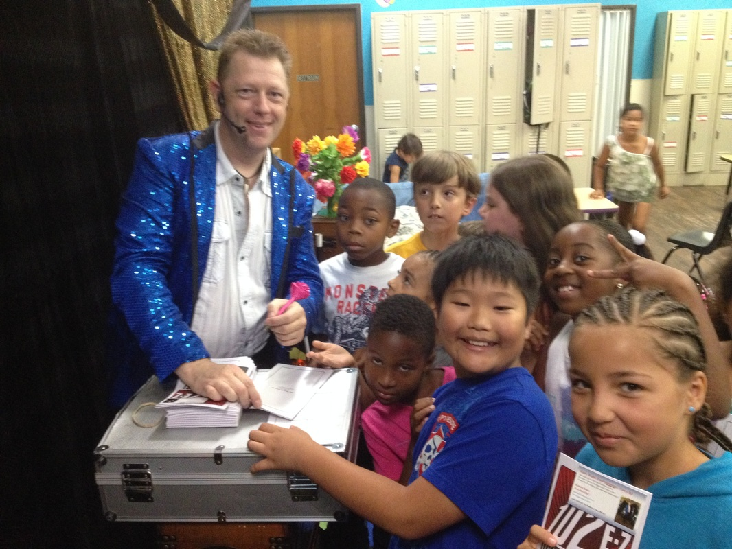 Plano magician Kendal Kane magic shows for kids and having fun with magic shows for children and birthday party magician.