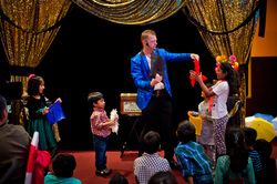 Birthday party magic shows in Denison for kids that have fun