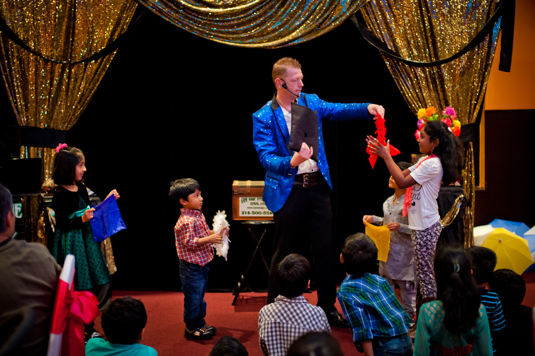Birthday party magic shows in Euless for kids that have fun