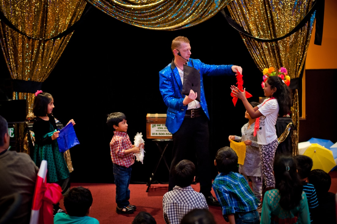 Birthday party magic shows in Quinlan for kids that have fun